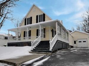 22395059 - Maison à étages à vendre