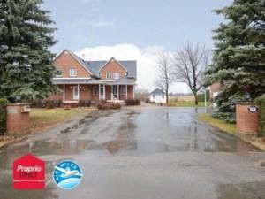11611224 - Maison à étages à vendre