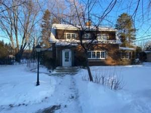 19630610 - Maison à étages à vendre