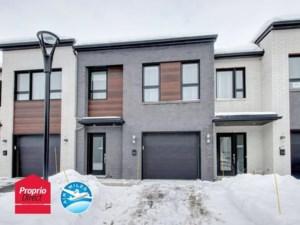 28787855 - Maison à étages à vendre