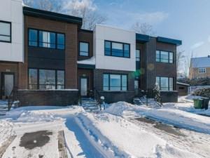 17412015 - Maison à étages à vendre