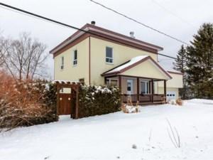 20932129 - Maison à étages à vendre
