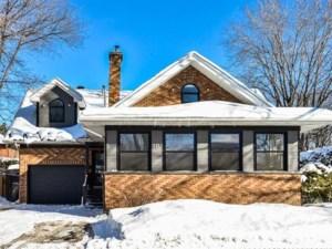 23335973 - Maison à étages à vendre