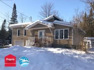 28609305 - Maison à étages à vendre