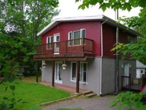 24255215 - Maison à étages à vendre