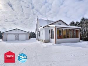 17311195 - Maison à étages à vendre
