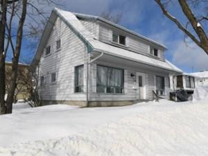15894324 - Maison à étages à vendre