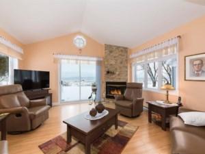 25493237 - Maison à étages à vendre