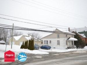 23671276 - Maison à étages à vendre