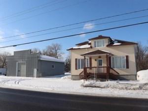 25896445 - Maison à étages à vendre
