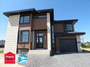 17609850 - Maison à étages à vendre