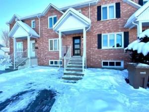 20030198 - Maison à étages à vendre
