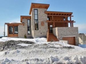22608512 - Maison à étages à vendre