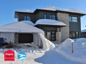 15610718 - Maison à étages à vendre