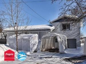 15951623 - Maison à étages à vendre