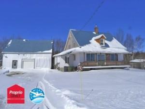 23092869 - Maison à étages à vendre