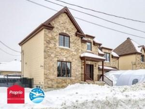 18266331 - Maison à étages à vendre