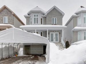 10033969 - Maison à étages à vendre