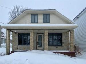 18608832 - Maison à étages à vendre