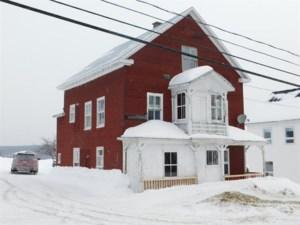 9190318 - Maison à étages à vendre