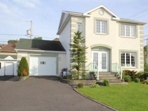 28815044 - Maison à étages à vendre