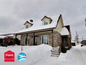 28086652 - Maison à étages à vendre
