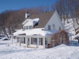 9755995 - Maison à étages à vendre
