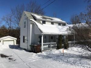 20055928 - Maison à 1 étage et demi à vendre
