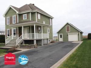 17895882 - Maison à étages à vendre