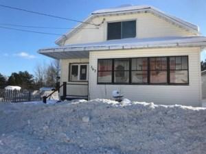 15077006 - Maison à 1 étage et demi à vendre