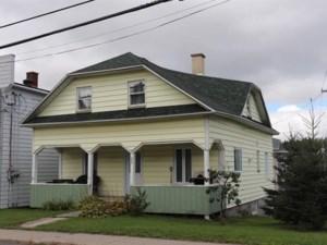 20347474 - Maison à étages à vendre