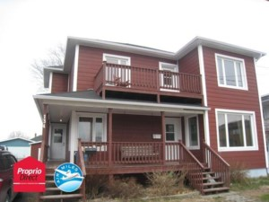 26365179 - Maison à étages à vendre