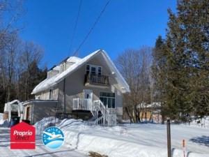28826418 - Maison à étages à vendre