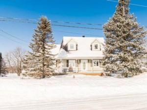 15623991 - Maison à étages à vendre