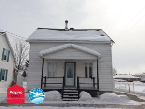 23020801 - Maison à étages à vendre