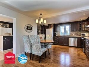25250572 - Maison à étages à vendre