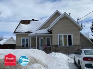 18336578 - Maison à étages à vendre