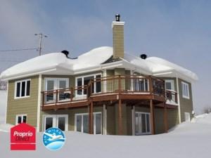 23179784 - Maison à étages à vendre