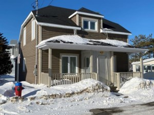 10704206 - Maison à 1 étage et demi à vendre