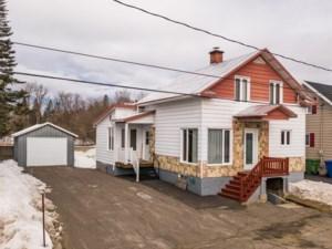 11060155 - Maison à 1 étage et demi à vendre
