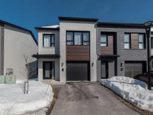 28623250 - Maison à étages à vendre