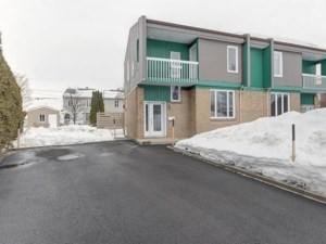 13661220 - Cottage-jumelé à vendre