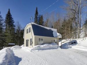 22572874 - Maison à étages à vendre