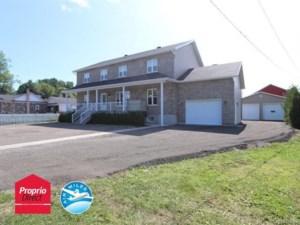 22650733 - Maison à étages à vendre