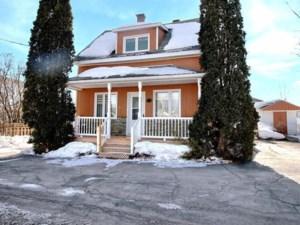 24752994 - Maison à étages à vendre