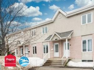 24278024 - Maison à étages à vendre