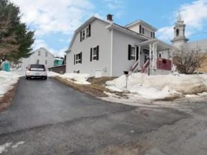 24120995 - Maison à 1 étage et demi à vendre