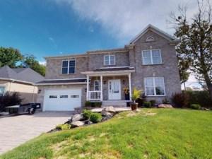 16210944 - Maison à étages à vendre