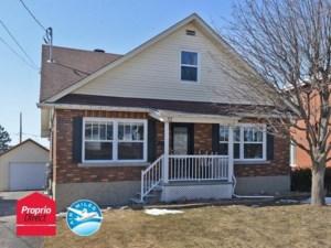 16939674 - Maison à étages à vendre