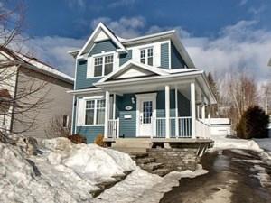 15431154 - Maison à étages à vendre